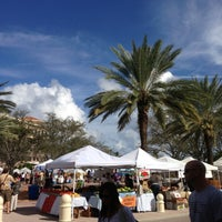 Photo taken at West Palm Beach Green Market by Lekly on 12/8/2012