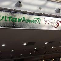 Photo taken at Sultan Ahmet Köftecisi by Mustafa D. on 11/20/2016