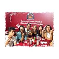 Photo taken at Pizzaria Fornalha by Nívea R. on 12/14/2013