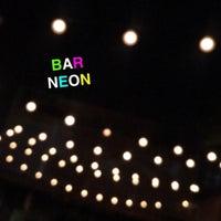 5/26/2016 tarihinde Casie S.ziyaretçi tarafından Bar Neon'de çekilen fotoğraf