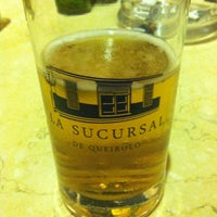 Foto tirada no(a) La Sucursal Restaurante Bar por Carla A. em 12/13/2014