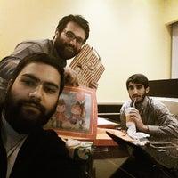 Photo taken at Pizza 20 | پیتزا بیست by Ramin J. on 10/20/2014