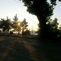 Photo taken at Kardelen Kahve Dünyası by Ufuk Serdar K. on 7/8/2015