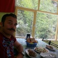 Photo taken at Ayvaz Alabalık Atayurt by Yavuz A. on 8/28/2014