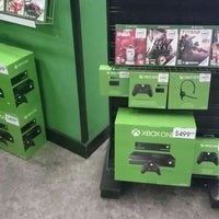 Photo taken at GameStop by Rodrigo L. on 11/23/2013