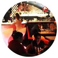 Снимок сделан в TwinStars dj*cafe*bar пользователем андрей к. 10/11/2013