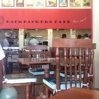 รูปภาพถ่ายที่ Backpackers cafe, Elante โดย Jasmeet D. เมื่อ 4/15/2013