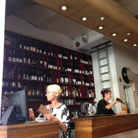 Foto diambil di The Providores & Tapa Room oleh Andrey D. pada 7/18/2013