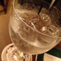 Foto tomada en Ateneo Restaurant Bar & Club por Sam T. el 9/12/2013