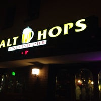 Photo taken at Malt And Hops by Stefano T. on 12/23/2015