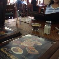 Foto tomada en Ali's Grill por Andre A. el 7/5/2014