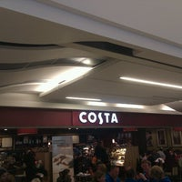 Photo taken at Costa Coffee by Bernardo P. on 10/27/2012