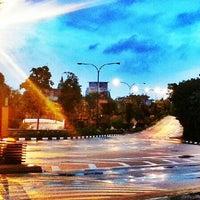 Photo taken at Sentosa Entrance Gantry by  Noorainni X. on 6/10/2013