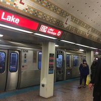 Photo taken at CTA - Lake (Red) by Sharaf A. on 11/20/2017
