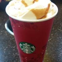 Photo taken at Starbucks by Roxanna T. on 1/9/2014