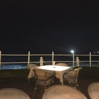Photo taken at Sea Breeze - Galleface Hotel by Nisal L. on 2/27/2017