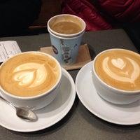 Снимок сделан в Joe: The Art of Coffee пользователем Rose T. 12/21/2014