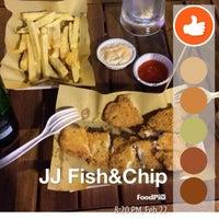 Photo taken at JJ's Fish & Chips by Uyen N. on 2/24/2014