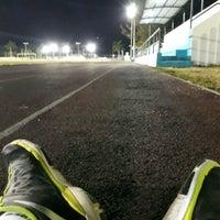 Photo taken at Unidad Deportiva Bicentenario (CREA) by Hugo R. on 3/29/2017