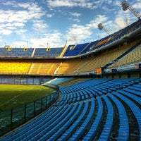 "Foto tirada no(a) Estadio Alberto J. Armando ""La Bombonera"" (Club Atlético Boca Juniors) por Daniel em 5/7/2013"