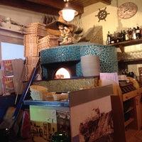 Foto scattata a La Bella Napoli da Yanina A. il 6/7/2015