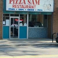 Foto tomada en Pizza Sam's por Brian Z. el 7/19/2016