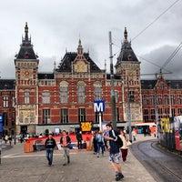 6/12/2013 tarihinde Albert C.ziyaretçi tarafından Station Amsterdam Centraal'de çekilen fotoğraf
