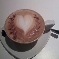 Das Foto wurde bei Coffee House von Emelie H. am 9/20/2013 aufgenommen