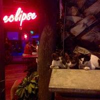 7/25/2015 tarihinde Cemil U.ziyaretçi tarafından Eclipse Music Bar'de çekilen fotoğraf
