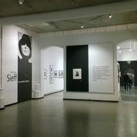 Photo prise au Musée de la Photographie par Jean Paul M. le4/30/2017
