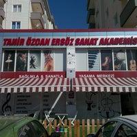 Photo taken at Tahir Özcan Ersöz Sanat Akademisi by Hüseyincan G. on 10/9/2013