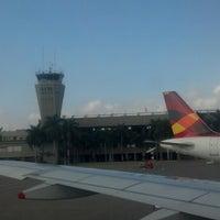 Photo taken at Alfonso Bonilla Aragón International Airport (CLO) by Nelson C. on 9/13/2013