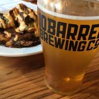 Das Foto wurde bei 10 Barrel Brewing von Craig G. am 7/5/2015 aufgenommen