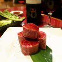 Photo taken at 焼肉 美苑 by Tomoyo H. on 10/19/2014
