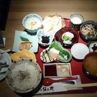 Photo taken at 魚 豆ふ 地どり 伝兵衛 池袋店 by マリエル に. on 10/11/2014