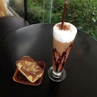Photo taken at Phanwah Coffee Kanklong by Momaykitty P. on 6/4/2013