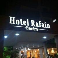 Foto tirada no(a) Hotel Rafain Centro por Mhackies F. em 10/7/2012