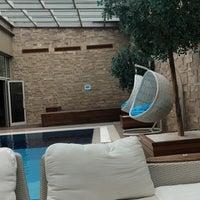 Foto diambil di Silence İstanbul Hotel & Convention Center oleh Baran Y. pada 9/8/2018