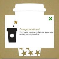 Foto tomada en Starbucks por Anthony H. el 9/23/2013