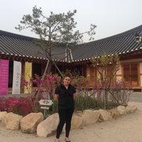 Photo taken at 경주동부사적지대 by Jhonia S. on 4/16/2014