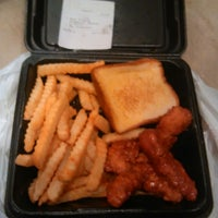 Photo taken at Zaxby's Chicken Fingers & Buffalo Wings by Tre' S. on 11/2/2013
