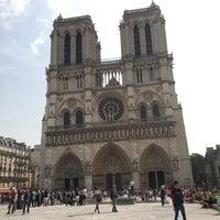 Foto tomada en Les Tours de Notre-Dame por Tessa D. el 8/26/2017