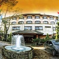 Foto tirada no(a) Hotel Serra Nevada por Enio G. em 8/8/2014