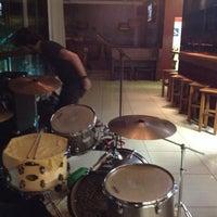 Foto tirada no(a) Mr. Pub por Tiago L. em 8/1/2014