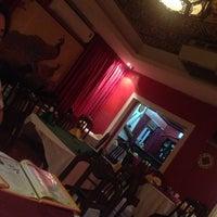 Photo taken at The Chinese Restaurant (Abu Khalil) | المطعم الصيني (أبو خليل) by Ganna N. on 11/22/2013