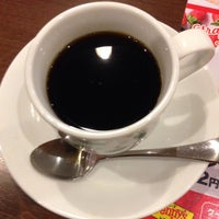 Photo taken at Denny's by Takashi A. on 3/2/2017