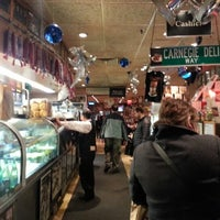 Photo taken at Carnegie Deli by ✰ David M. on 12/11/2012