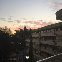 Photo taken at Universidad Cuauhtémoc by Eduardo A. on 10/15/2016