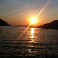 7/13/2013 tarihinde Murat Ç.ziyaretçi tarafından Delikyol Deniz Restaurant'de çekilen fotoğraf
