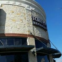 Photo taken at Scotty P's Hamburgers by Natalia E. on 12/22/2015